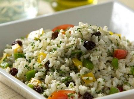 salada de arroz integral