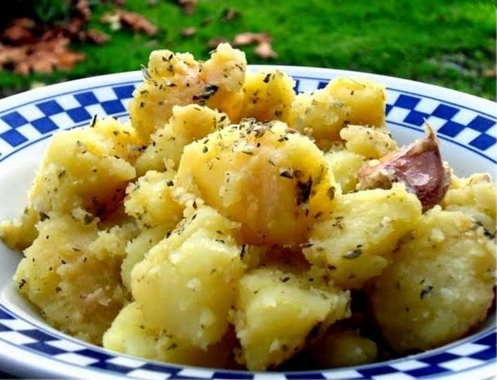 salada-morna-alema-de-batata