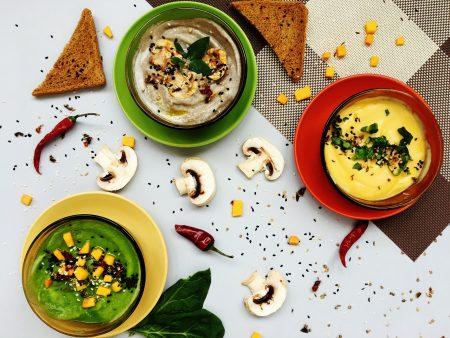 sopa saudável de mandioca com cogumelos